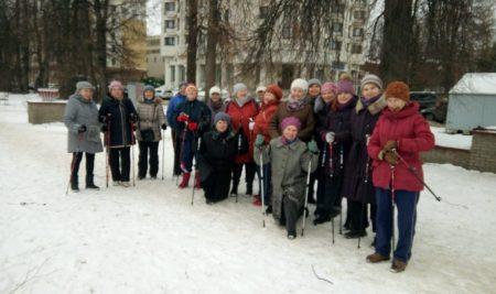 Скандинавская ходьба в мае продолжает работать по обычному расписанию