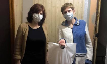 Продукты, маски и поддержка: как нижегородцы помогают друг другу во время пандемии